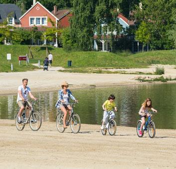 activité vélo en famille